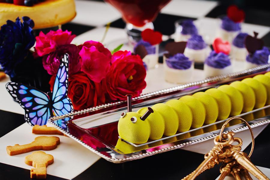 ▲イモムシのチョコレートケーキ