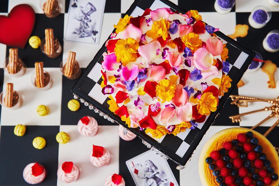 ▲きらめく昼下がりのフラワーケーキ、キングオブハートのコスチューム スフレフロマージュ