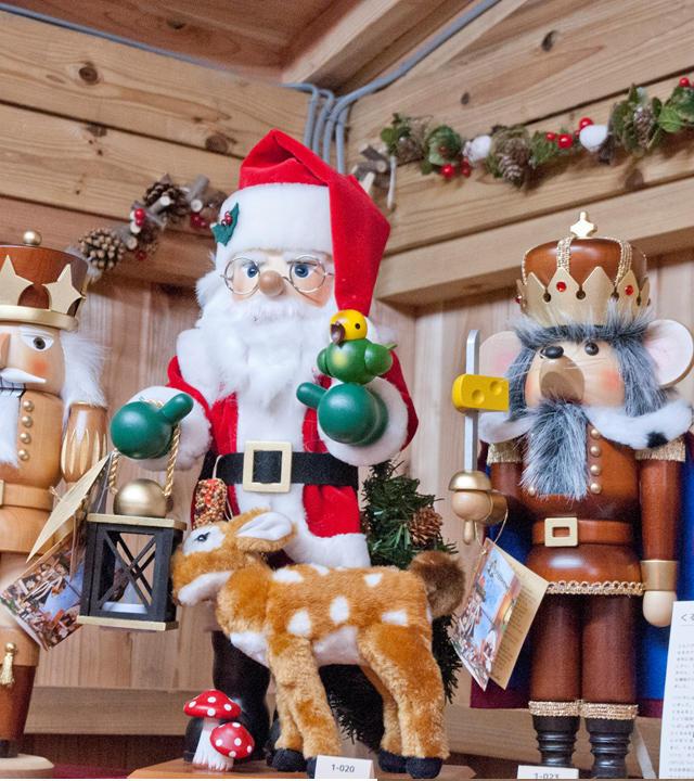 ▲本場ドイツの魅力的な木工芸品やオーナメント400種類以上がお店に登場