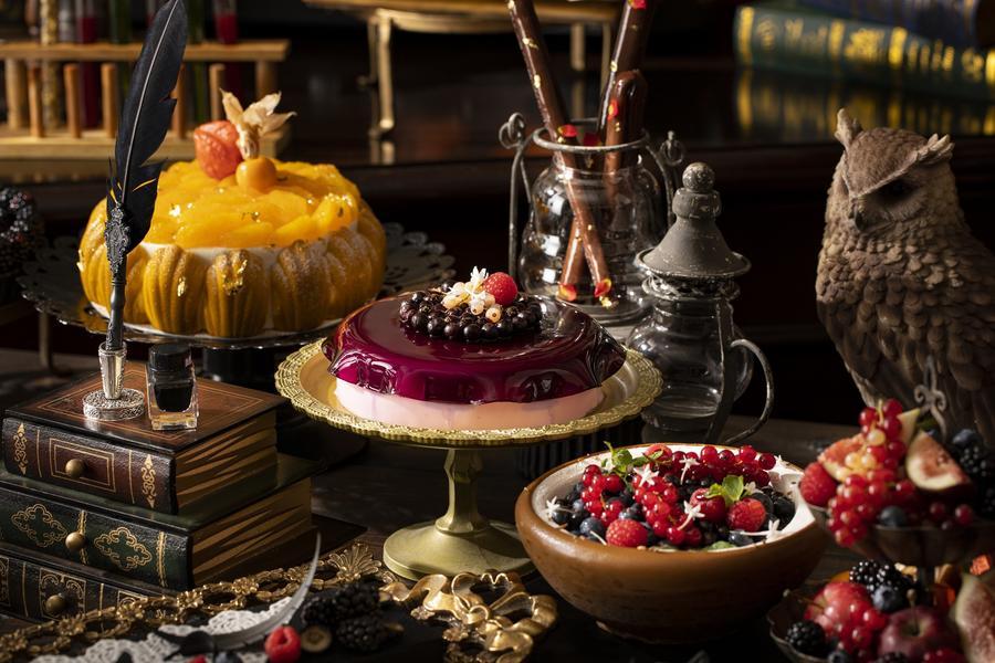 ▲『マーブル学園のバースデーケーキ』、『ラズベリー・ウィザード』&『魔法の壺』