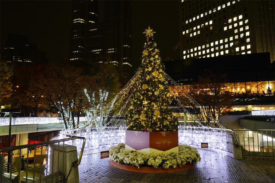 ▲【新宿三井ビルディング】クリスマスツリー