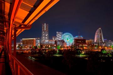 【横浜】夜景にイルミも♪ 「クリスマスデート」5選
