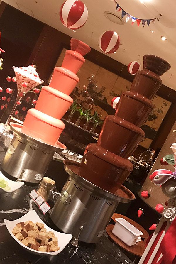 『ヒルトン東京 マーブルラウンジ』チョコレートファウンテン