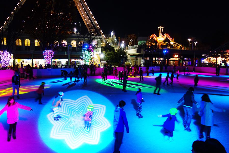 屋外アイススケートリンク(アイスファンタジー)
