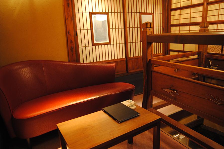 BARすがはら 渋谷本館 2階