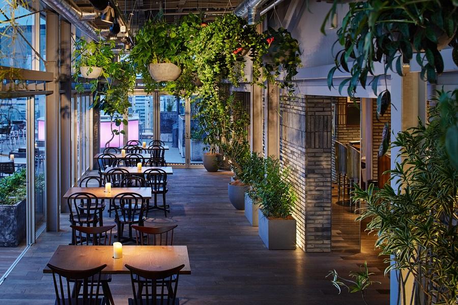 新宿グランベルホテルroof top bar & terrace G内観