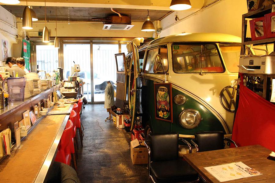 cafe Frangipani 店内