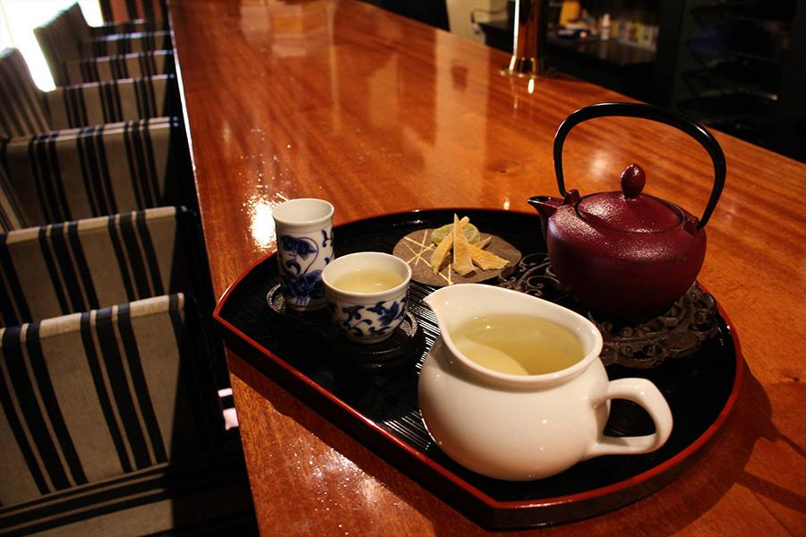 占いカフェ&バー 燦伍 中国茶