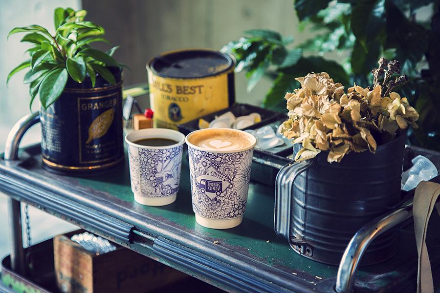 AMAZING COFFEE テイクアウトカップ