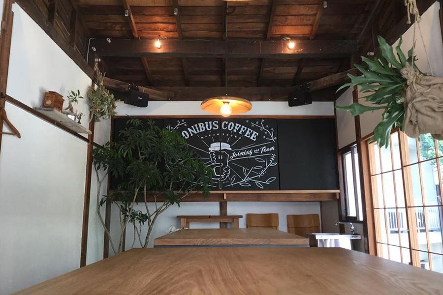 ONIBUS COFFEE 店内
