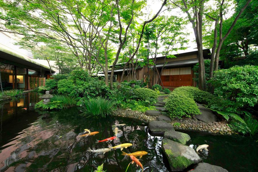 ロイヤルパークホテル 日本庭園