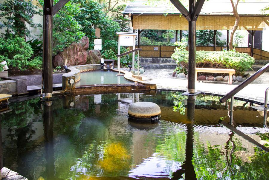 前野原温泉 さやの湯処露天風呂
