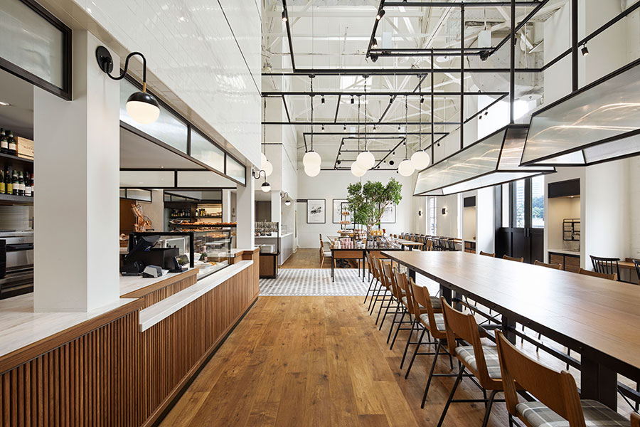 breadworks、Lily cakes店内