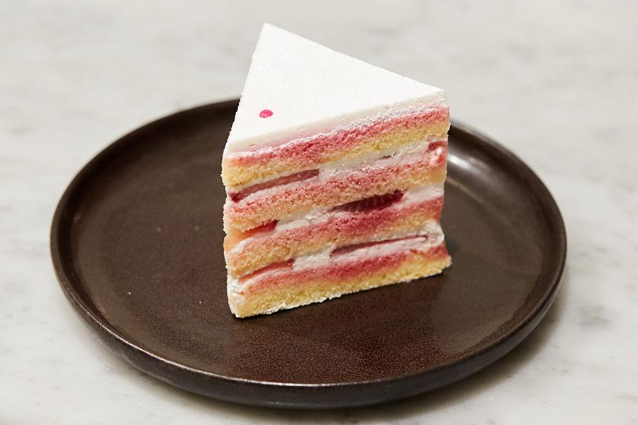 breadworks、Lily cakesショートケーキ