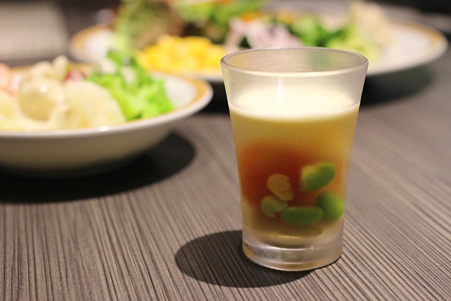 ホテルオークラレストラン横浜 サファイア 「初夏のゼリー寄せ」