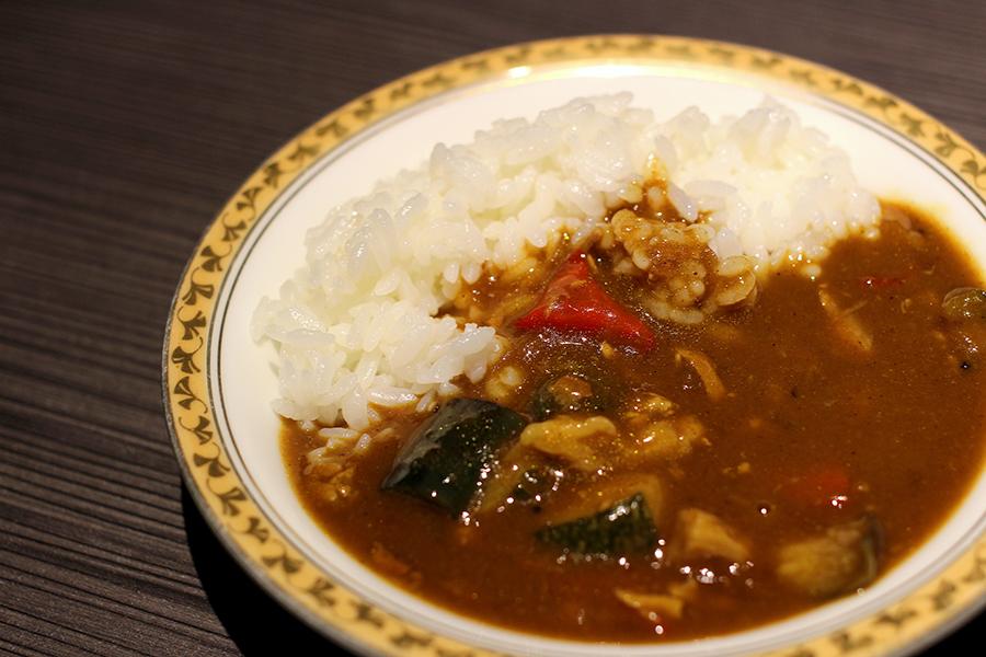 ホテルオークラレストラン横浜 サファイア 「牛肉と野菜のカレー」