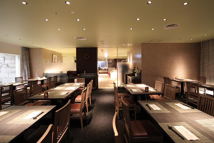 ホテルオークラレストラン横浜 サファイア 客席