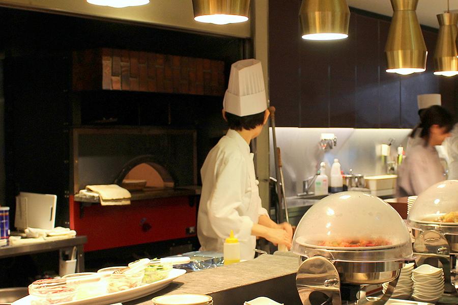 ホテルオークラレストラン横浜 サファイア ピザ窯