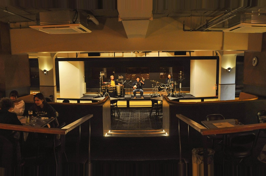 SHIBUYA BOWLING CAFE ライブ演奏