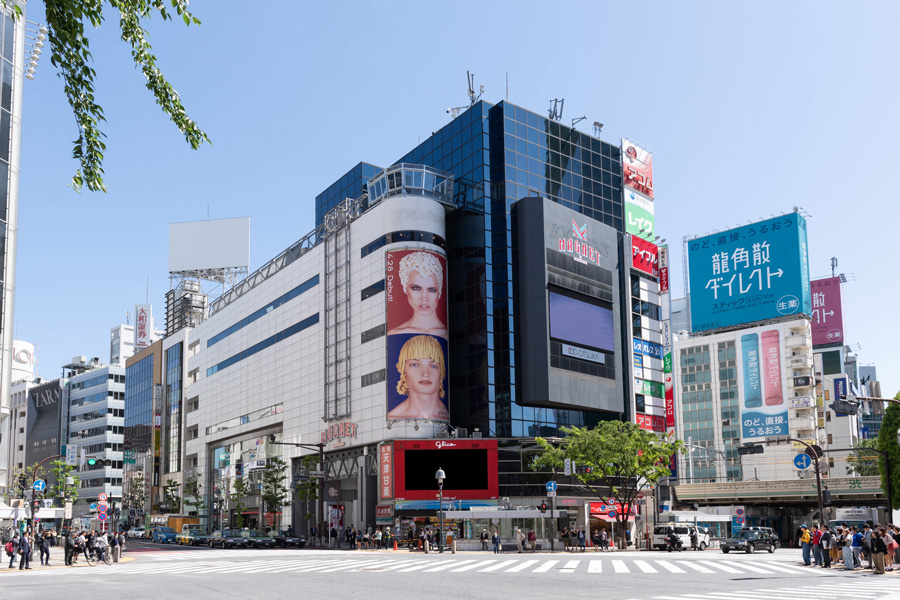 MAGNET by SHIBUYA109  CROSSING VIEW