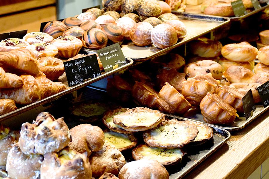 MORETHAN TEA STAND&MORETHAN BAKERY パン