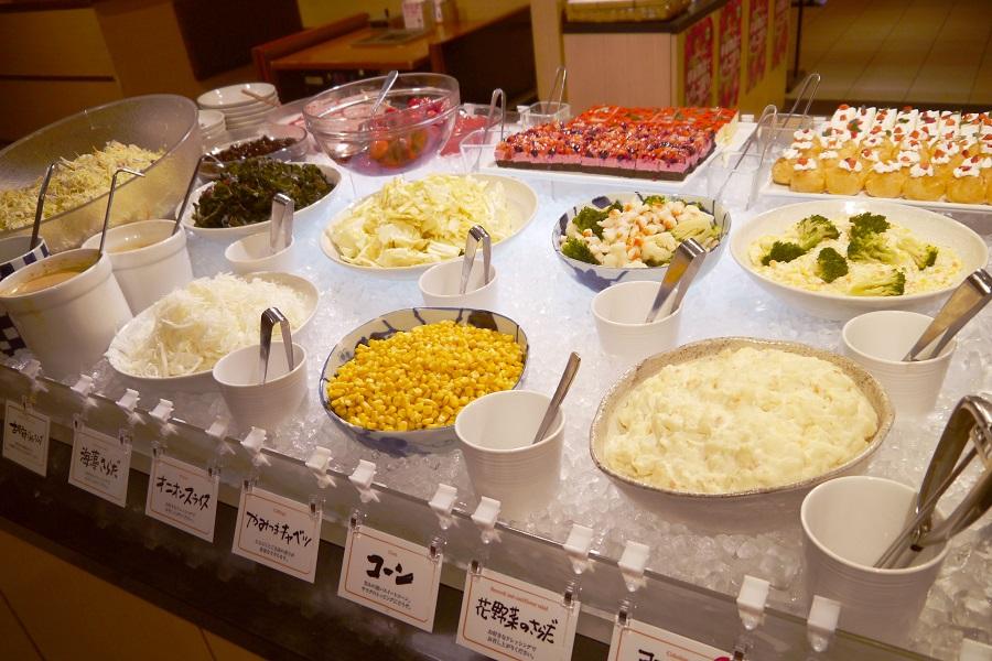 串家物語LABI1池袋 サラダコーナー