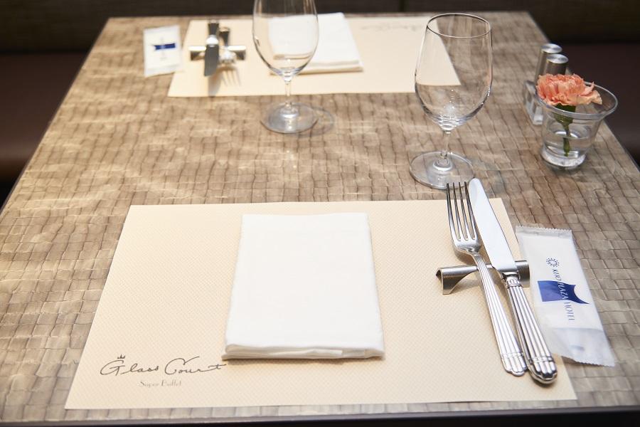 グラスコート テーブル席