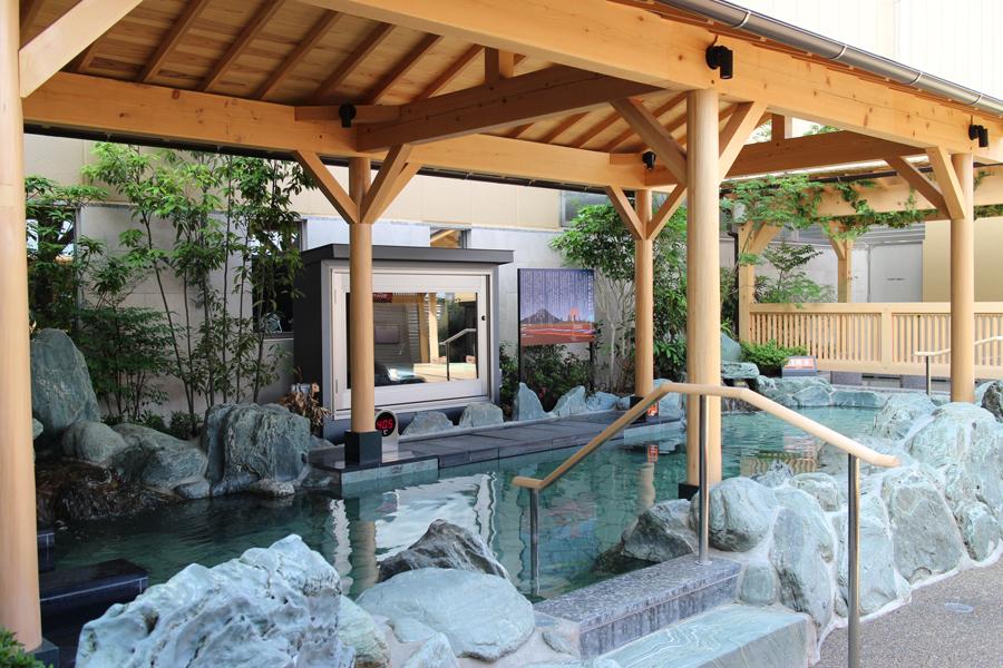 スパジャポ 岩風呂
