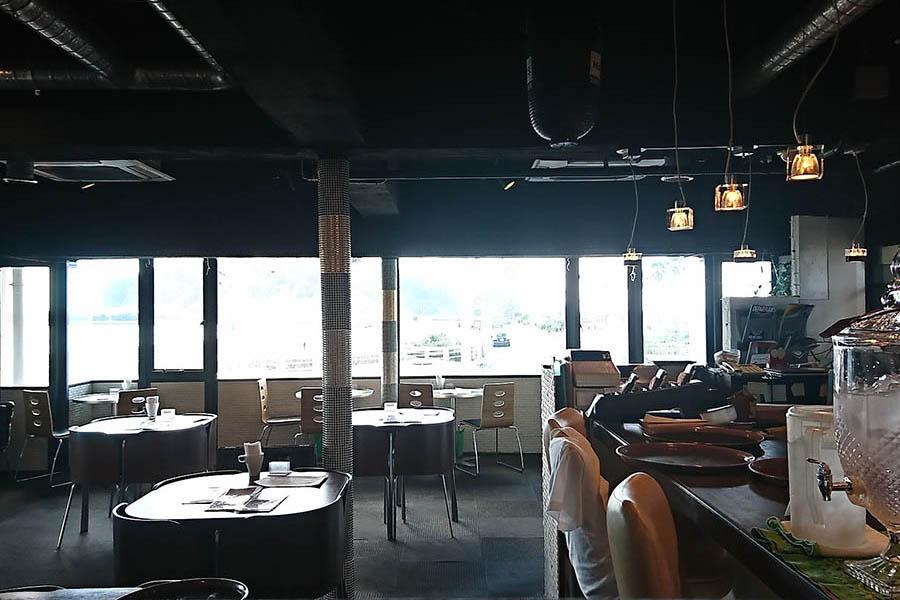 i-na cafe 片瀬江ノ島店