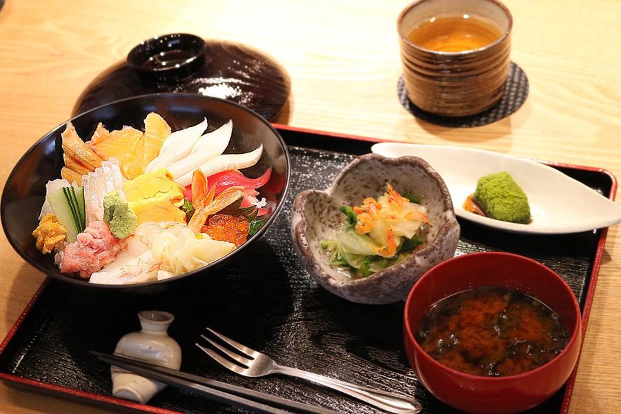 日本料理 いまここ