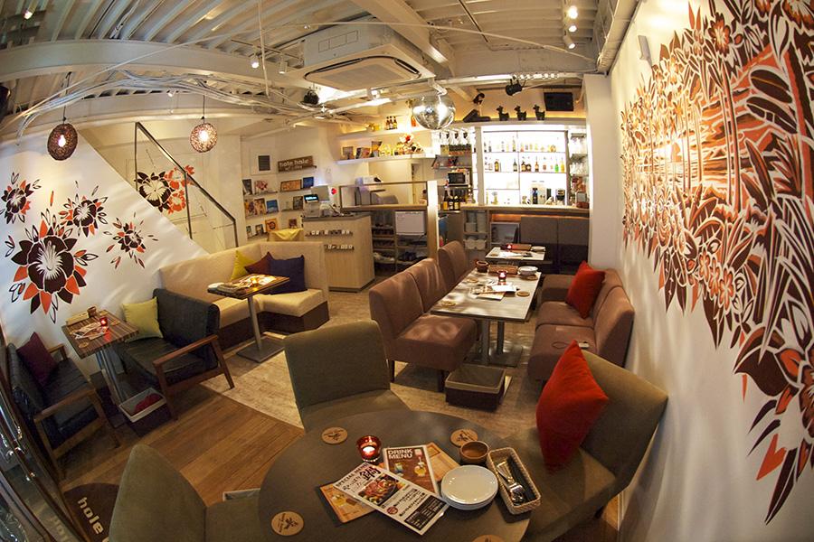 hole hole cafe&diner 新宿東口店