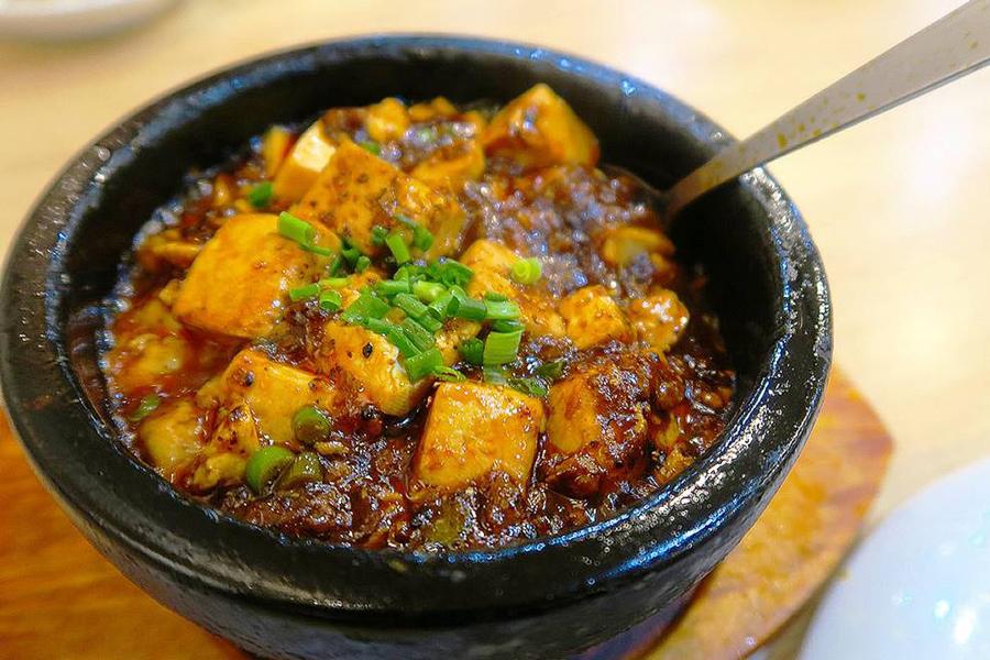 北京烤鴨店 麻婆豆腐