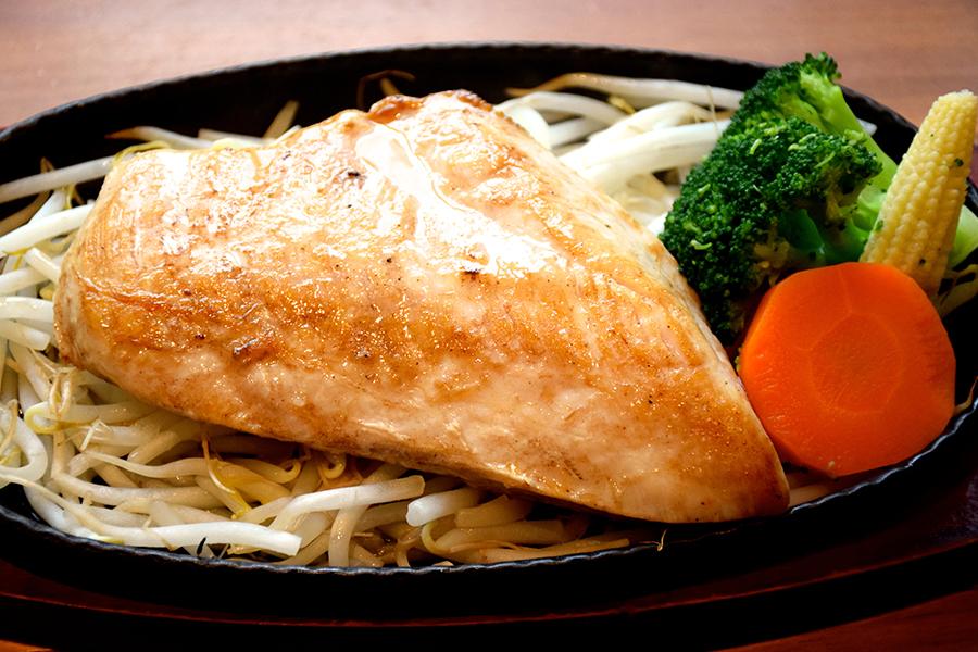 筋肉食堂 鶏ムネ肉のステーキ