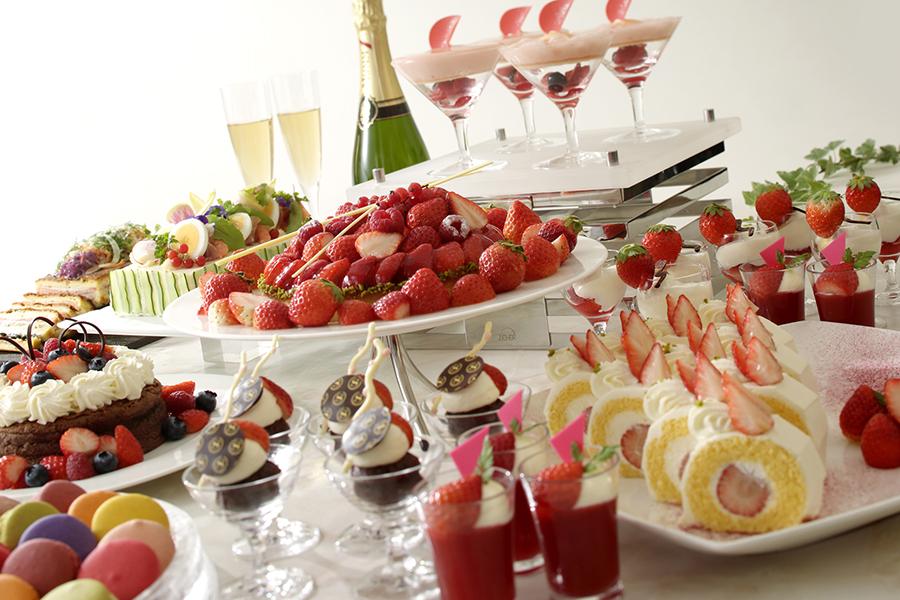 横浜ベイシェラトン ホテル&タワーズ ストロベリースイーツブッフェ~Strawberry Sweets Buffet~