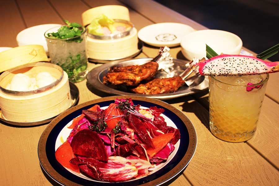 サナギ 新宿 アジアンフュージョンの料理とオリジナルカクテル