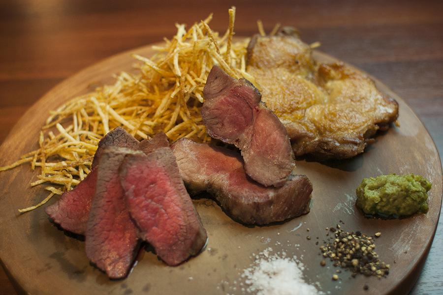 デリシュウニーキュー 本日のお肉のロースト 3種盛り合わせ
