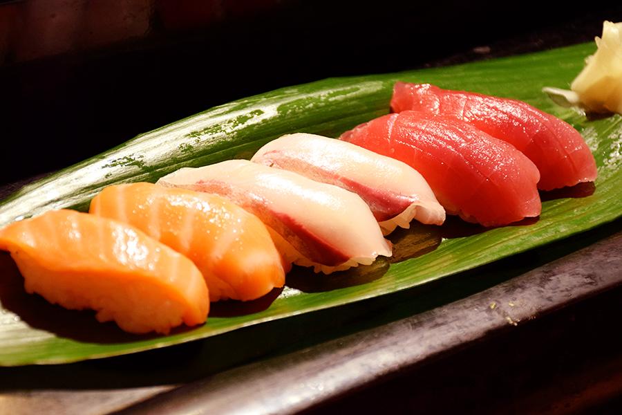 寿し割烹 はく田寿司三種