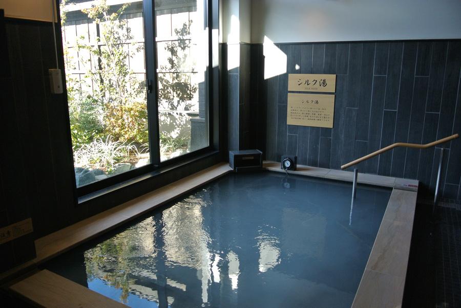 祭の湯大浴場