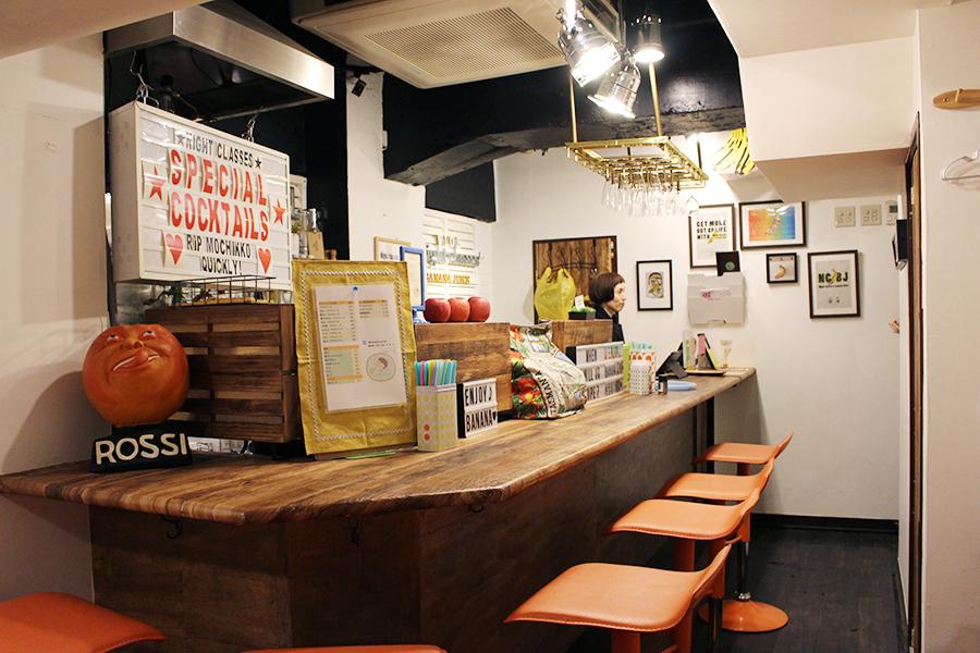 バナナジュース コリドー街店 カウンター