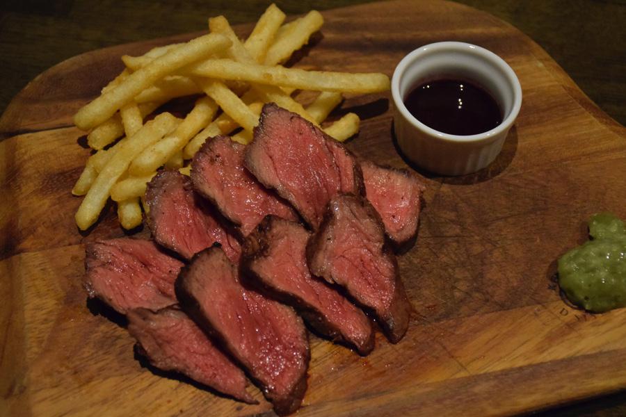 ポポラマーマ御徒町店 アメリカ産アンガス牛のステーキ