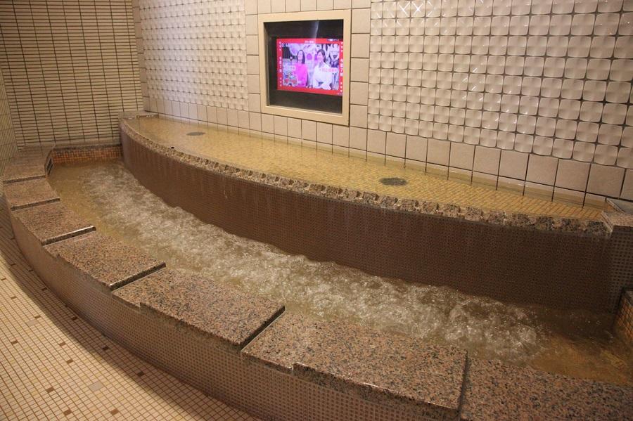 東京ドーム天然温泉 スパ ラクーア大浴場