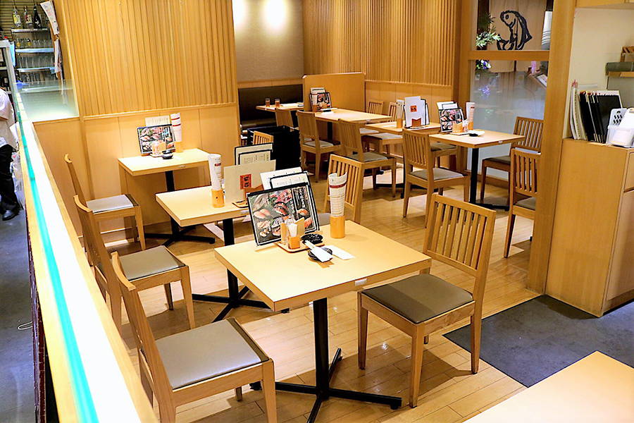 雛鮨 ヤマダ電機LABI1日本総本店 店内