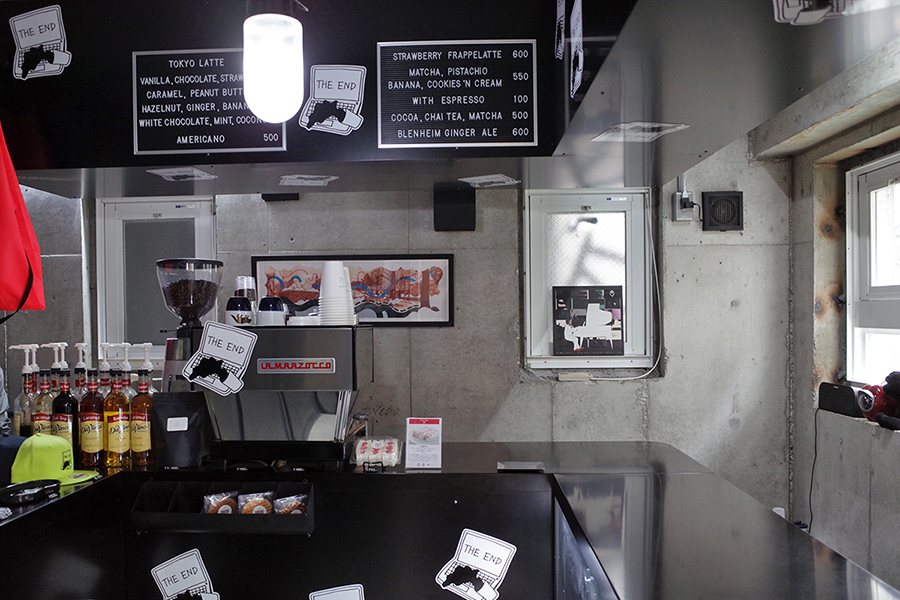 THE LATTE TOKYO 店内