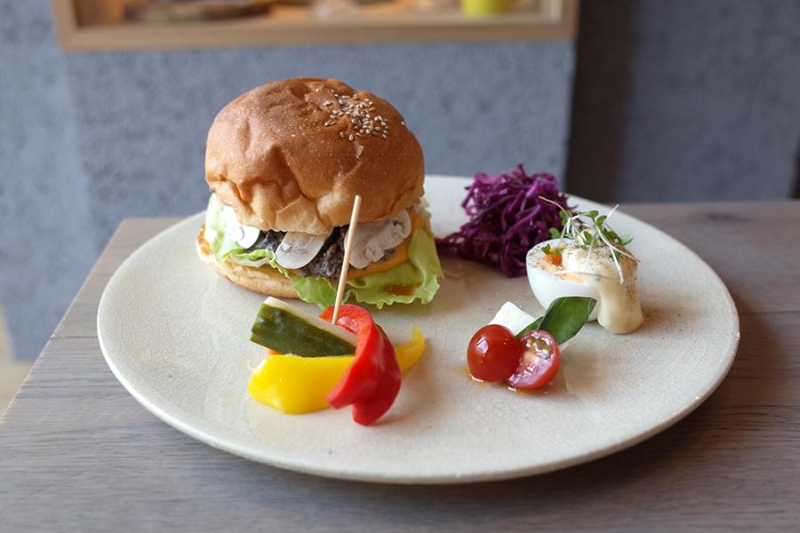 yellow cafeハンバーガー