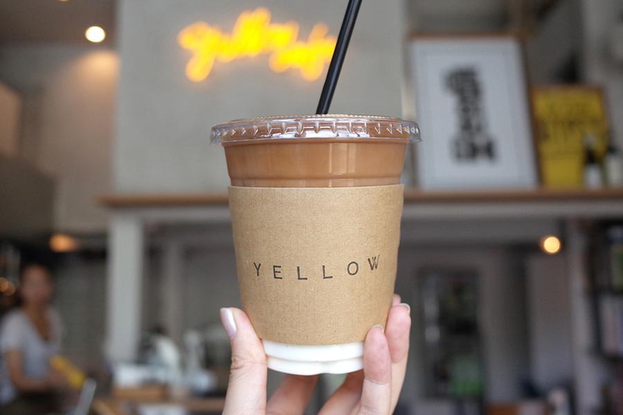 yellow cafeテイクアウトカップ