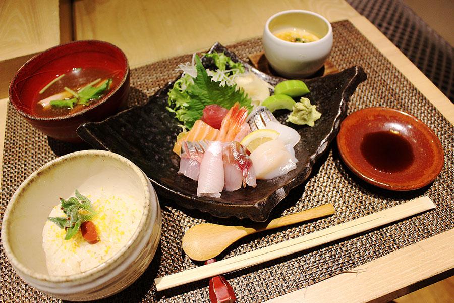 鮨◯☓「大盛りちらし寿司」