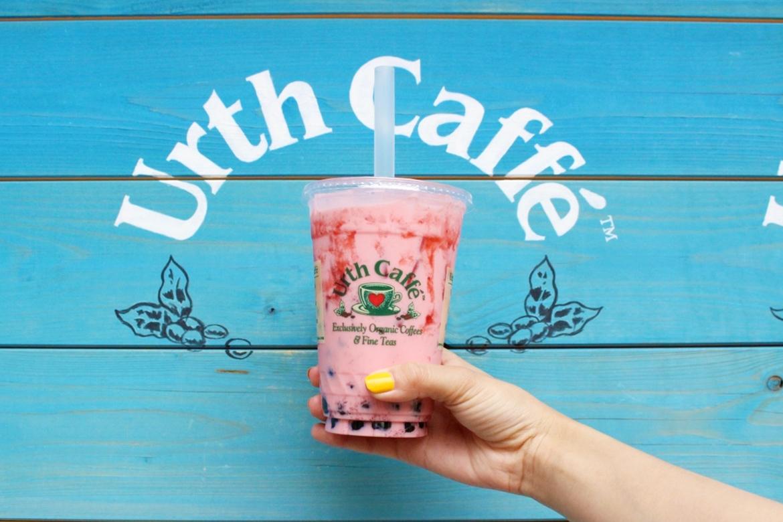 Urth caffe 表参道ストロベリーボバ