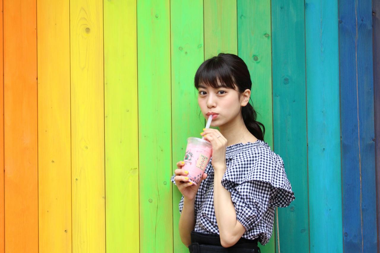 Urth caffe 表参道 ストロベリーボバ
