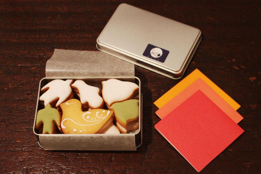 菓子工房ルスルス 浅草店「鳥のかたちクッキー」