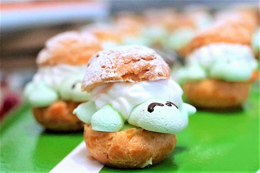 サマーデザートブッフェ 夢って叶うらしい メルティーユニコーンカップケーキ